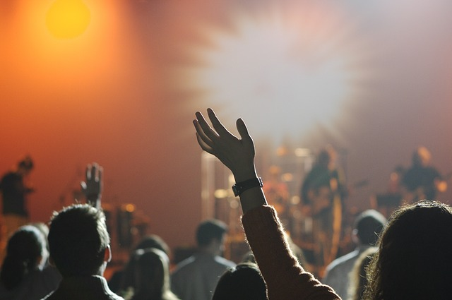 Where are the Laments? What Worship Dominated by Whiteness Means for Us